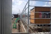 60mほどのフェンスを製作、取り付けしました。通り精度の管理には気を使いました。